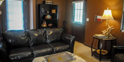 cottonwood living room